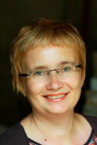 Mag. Daniela Szasz